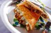 マーボー納豆チーズホットサンド