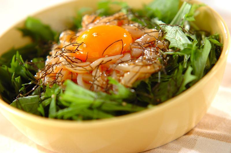 5. イカと水菜のユッケサラダ