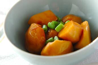 ほくほくやわらか!基本の里芋の煮物