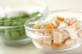 水煮大豆のサラダの下準備2