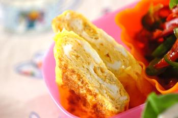 味付きチリメンジャコ入り卵焼き