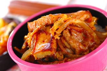 豚のキム卵丼