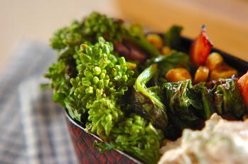 菜の花とベーコンの炒め物