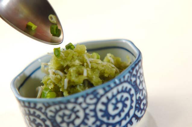 チリメンジャコの抹茶おろし和えの作り方の手順2