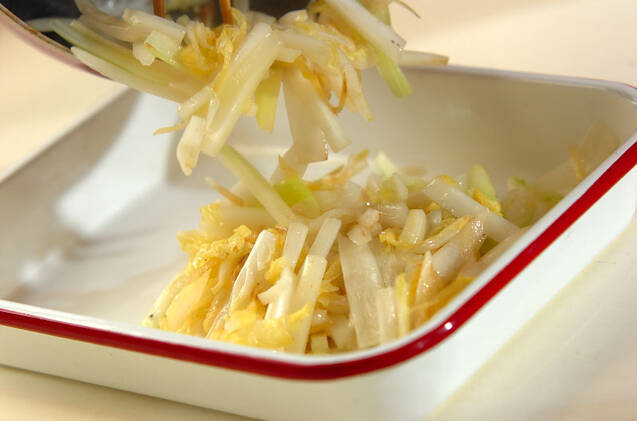 白菜のピリ辛甘酢炒めの作り方の手順4