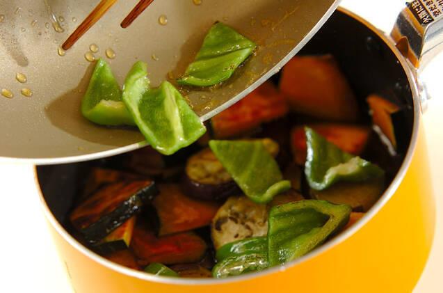 しっかりしみてる!カボチャとナスの焼き浸しの作り方の手順6