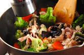イカと卵白の塩炒めの作り方8