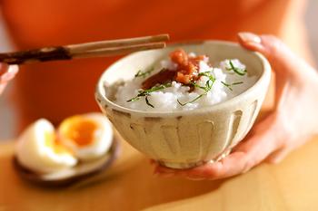梅おかゆと半熟卵