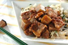 牛肉とコンニャクのサイコロステーキ