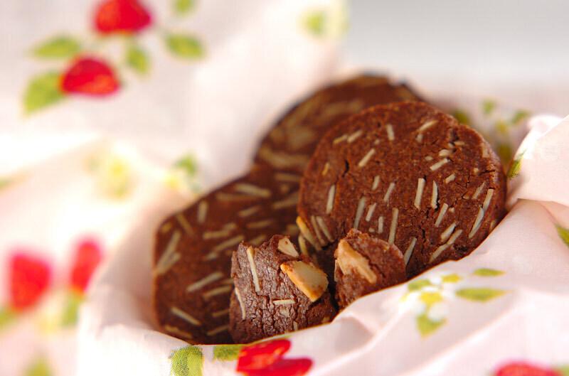 アーモンド入りココアクッキー