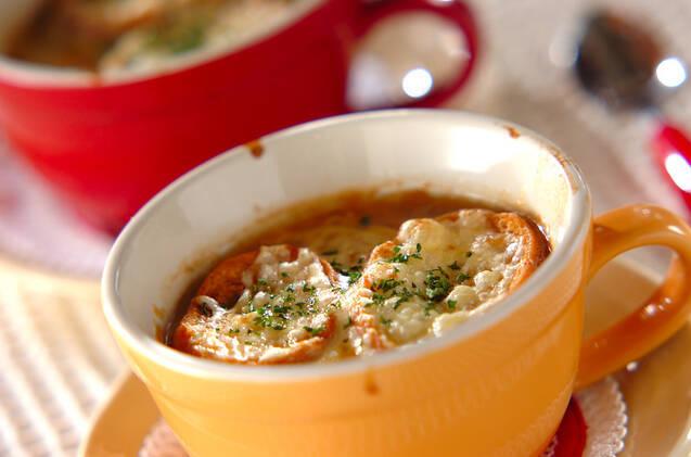 ホッと温まるスープの簡単レシピ15選!洋風から中華、和風まで