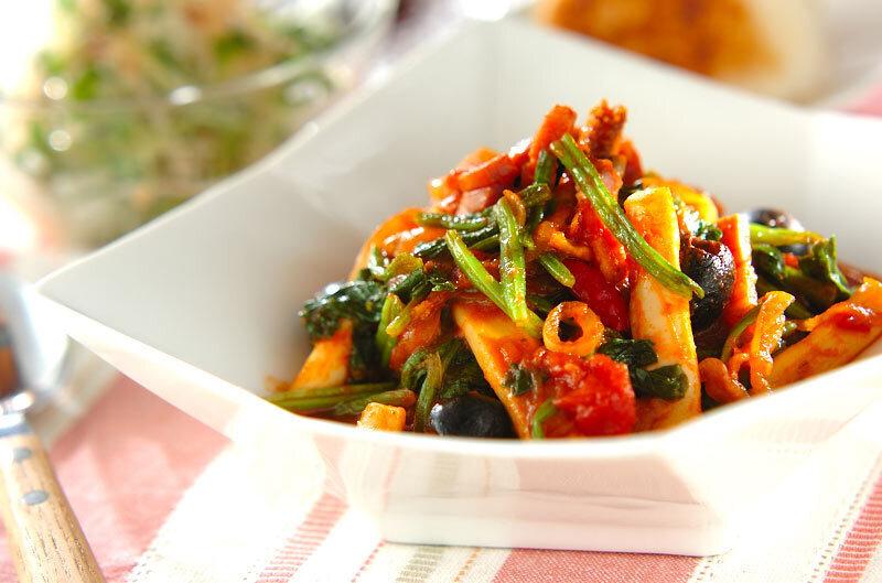 イカと野菜のトマト煮込み