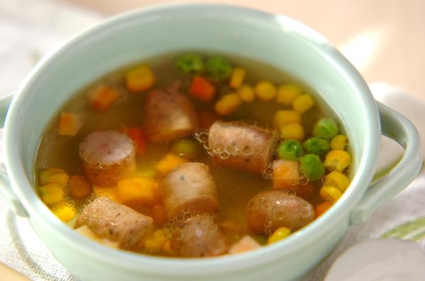2. ハーブソーセージのスープ