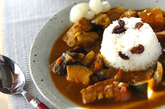 豚ロース肉とナスとカボチャなど野菜たっぷり和風カレー