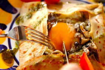 卵×キノコ×チーズのガレット