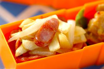 サツマイモとソーセージの炒め物