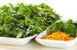 菊菜のゴマ和えの下準備1