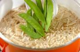 エノキとキヌサヤのかきたま汁の作り方4