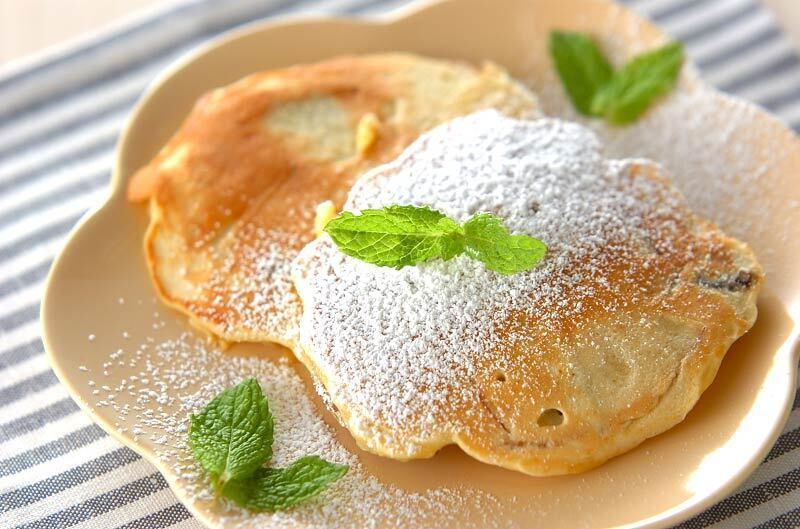 りんごとレーズンのパンケーキ