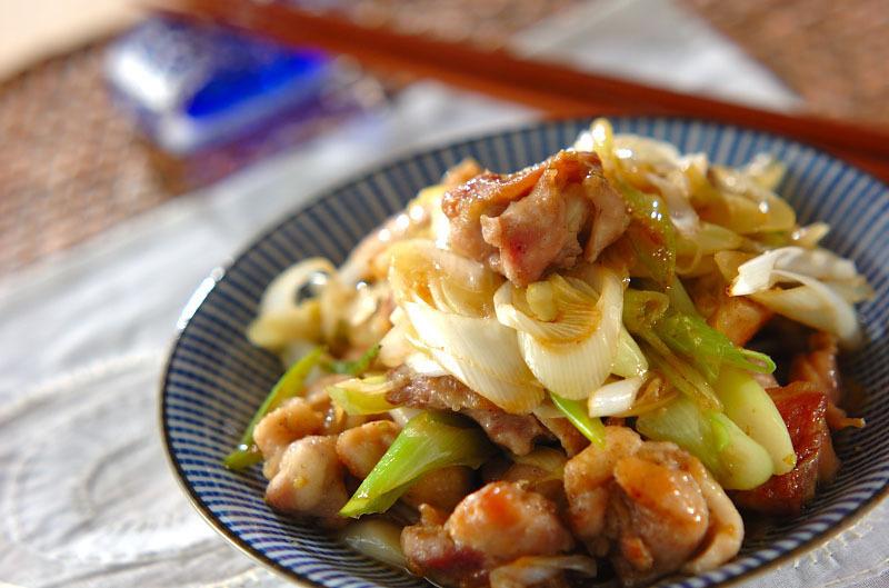 鶏もも肉とネギのポン酢しょうゆ炒め
