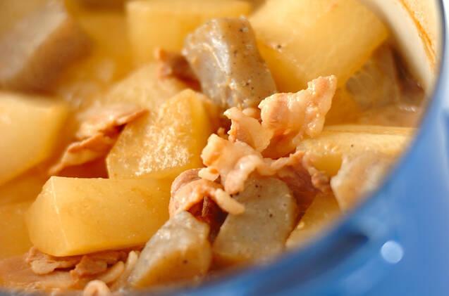大根と豚肉のみそ煮込みの作り方の手順4