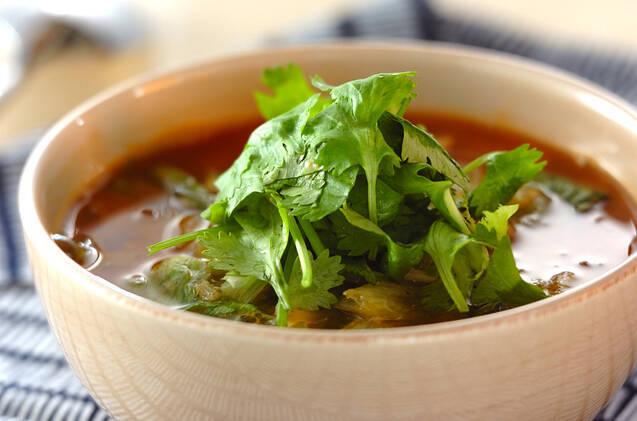 パクチーを気軽にいつでも♪ トムヤムクンスープの基本レシピ&アレンジ4選の画像