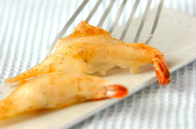 エビのチーズ焼き春巻きの作り方の手順5