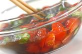 オクラとトマトのもずく和えの作り方2