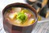 白菜と里芋のみそ汁の作り方の手順