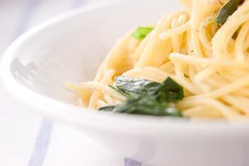 小松菜のシンプルパスタ
