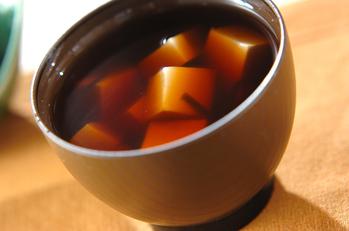 豆腐と塩昆布のお吸い物