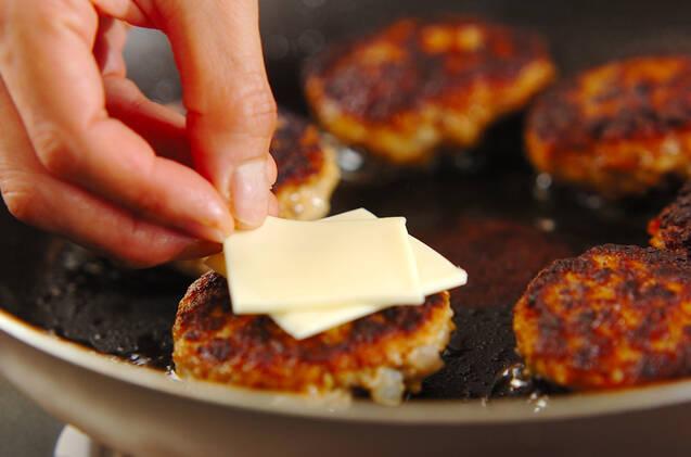 シイタケの肉詰めチーズ焼きの作り方の手順7