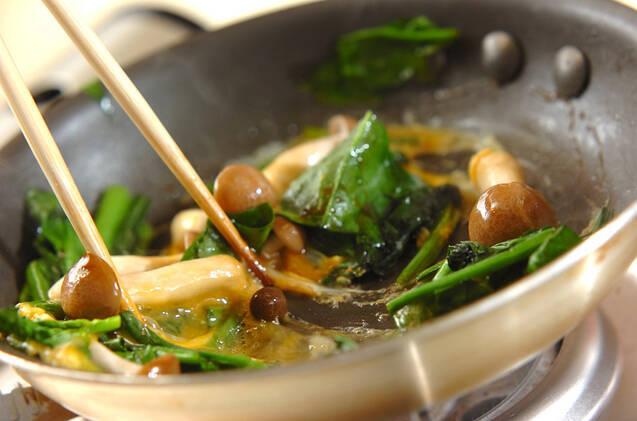 ホウレン草のオイスター炒めの作り方の手順3