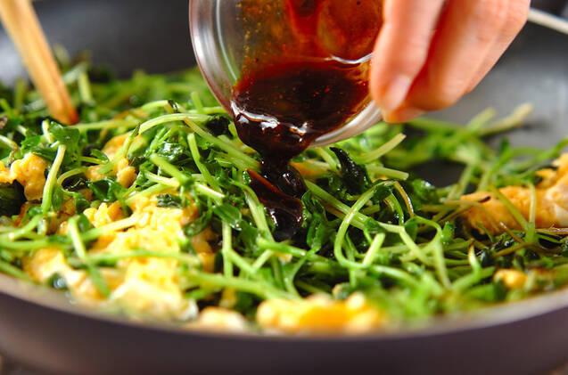 豆苗のオイスター炒めの作り方の手順5