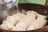 野菜たっぷり焼き餃子の作り方4