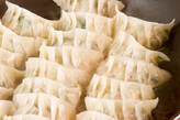 野菜たっぷり焼き餃子の作り方8