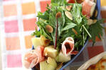 洋ナシと生ハムのサラダ