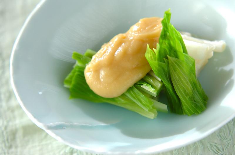 1.うるいの酢味噌がけ