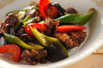 牛肉とキュウリの炒め物