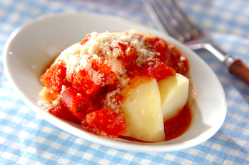 ジャガイモのトマトソースがけ