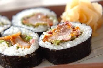 鶏の唐揚げ巻き寿司