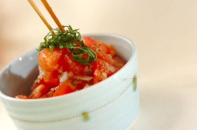 トマトと玉ネギのサラダの作り方の手順5