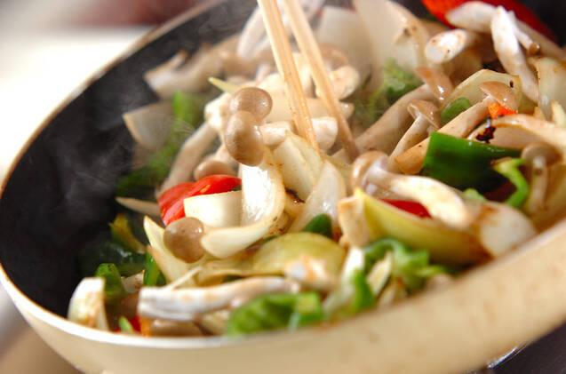 牛肉とモヤシのソース炒めの作り方の手順7