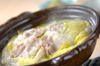 ポン酢でいただく 白菜たっぷりカキの味わい鍋