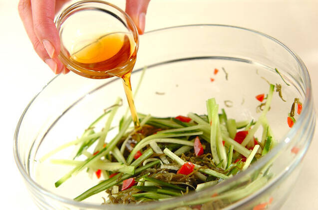 めかぶのゴマ油和えの作り方の手順4