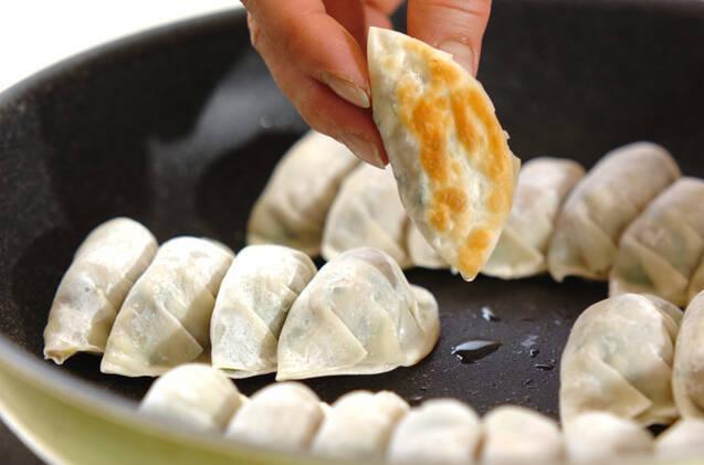具だくさん焼き餃子の作り方の手順8
