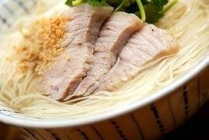 豚肉温素麺