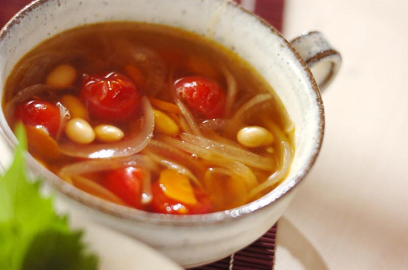 大豆のピリ辛トマトスープ