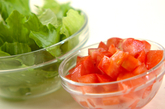 枝豆とトマトの簡単サラダの下準備1