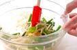 モヤシの豆板醤和えの作り方2